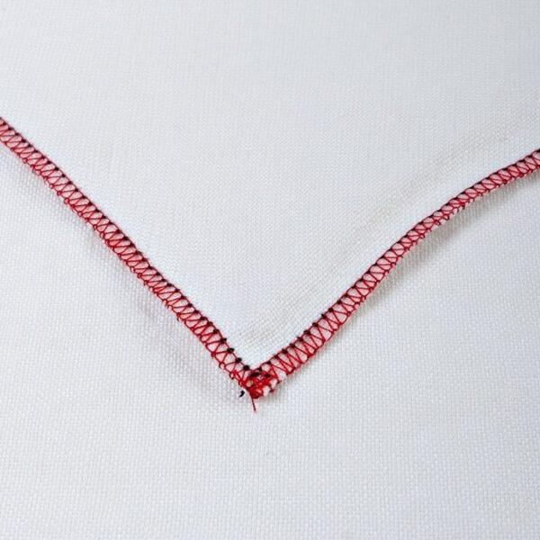 Obrus - praný biely ľan s červeným obšitím