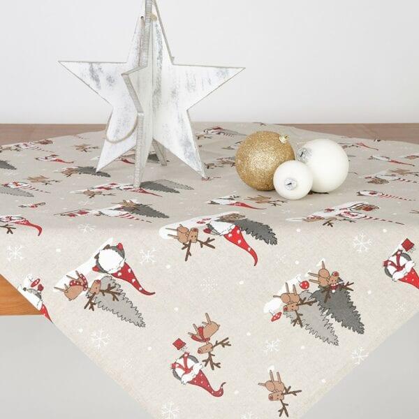 Obrus - vianočný škriatok so sobom