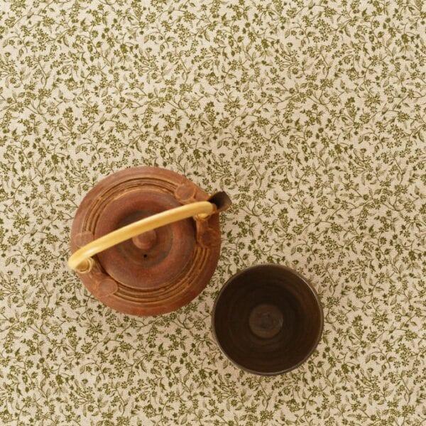 Štóla - zelená drobná kvetinka